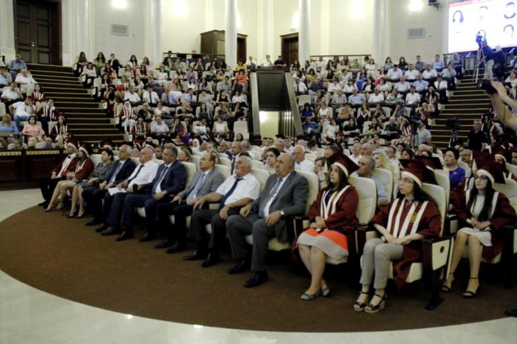 """Azərbaycan Milli Elmlər Akademiyası magistrlərinin """"Məzun günü"""" keçirilib"""