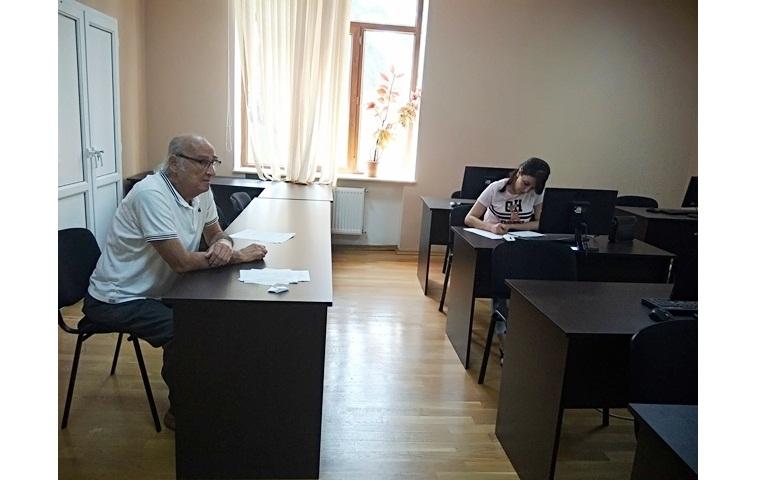 AMEA-nın akad.M.Nağıyev adına Kataliz və Qeyri-üzvi Kimya İnstitutunda təhsil alan magistrantların yay imtahan sessiyası 24.06.2019-cu il tarixində keçirildi