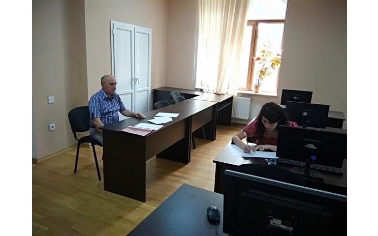 AMEA-nın akad.M.Nağıyev adına Kataliz və Qeyri-üzvi Kimya İnstitutunda təhsil alan magistrantların yay imtahan sessiyası 25.06.2019-cu il tarixində keçirildi