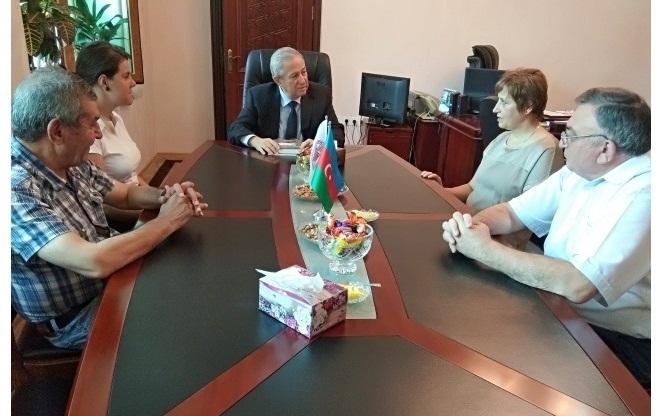 Bolqarıstanlı alimlər akad. M.Nağıyev adına Kataliz və Qeyri-üzvi Kimya İnstitutunda
