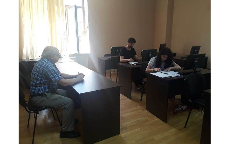 AMEA-nın akad.M.Nağıyev adına Kataliz və Qeyri-üzvi Kimya İnstitutunda təhsil alan magistrantların yay imtahan sessiyası 10.06.2019-cu il tarixində keçirildi