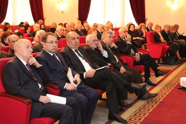 Состоялось годовое общее собрание Отделения химических наук НАНА