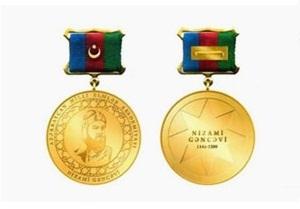 """İki alim """"Azərbaycan Respublikasının Nizami Gəncəvi adına Qızıl medalı""""na layiq görülüb"""
