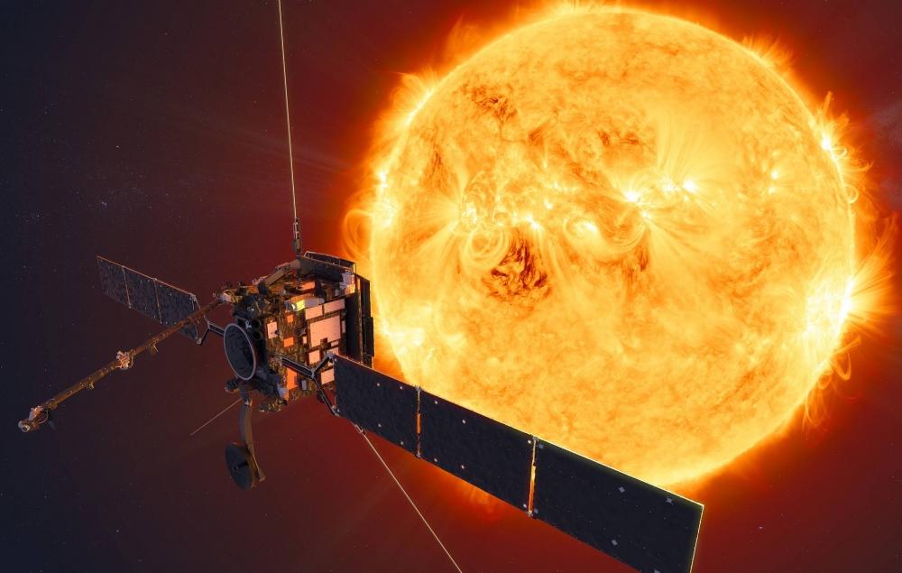 """""""Solar Orbiter"""" Günəşin yaxın məsafədən çəkilən ilk fotolarını Yerə göndərib"""