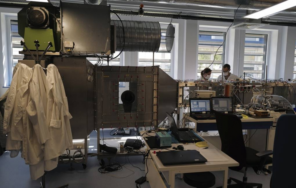 """Üçölçülü """"üzgəc"""" nanoölçülü işıq diodlarının parlaqlığını azı 100 dəfə artırdı"""