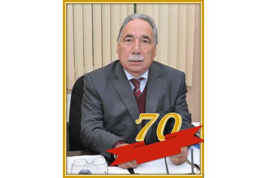 """""""Keçid elementlərinin xalkogenidləri"""" laboratoriyasının müdiri, professor İxtiyar Bəxtiyarlının 70 yaşı tamam olur."""