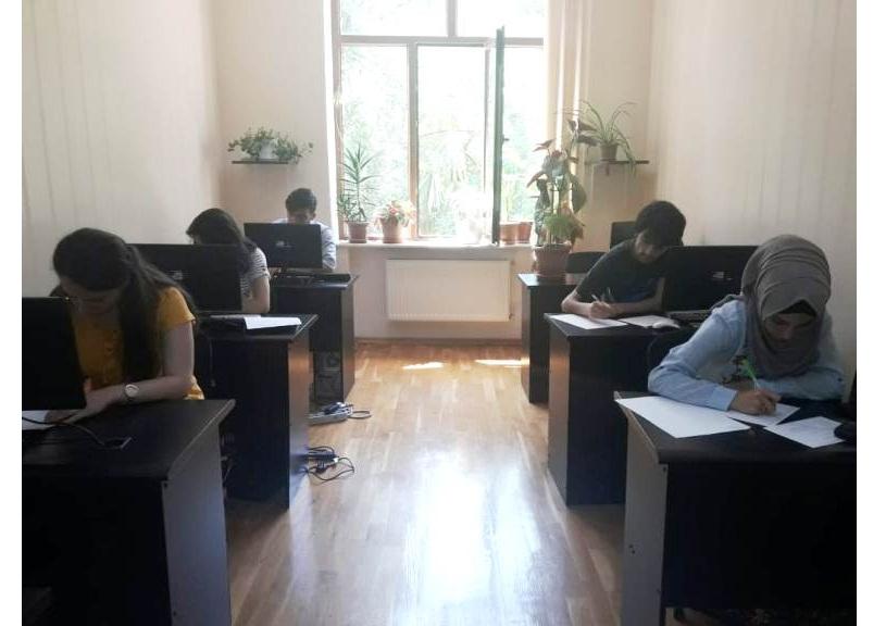 AMEA-nın akad. M.Nağıyev adına Kataliz və Qeyri-üzvi Kimya İnstitutunda təhsil alan magistrantların yay imtahan sessiyası davam edir
