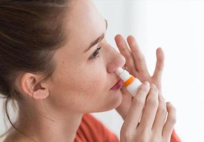 «Вектор» рассказал о вакцине от коронавируса в виде капель для носа