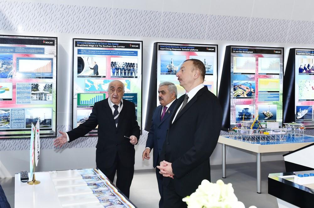 """Azərbaycan Prezidenti İlham Əliyev XXIII Beynəlxalq """"Xəzər Neft və Qaz 2016"""" sərgi və konfransının açılışında iştirak edib"""