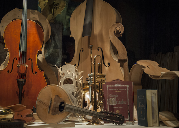 Stradivari skripkalarının səslənməsini onların kimyəvi tərkibi ilə izah olunur
