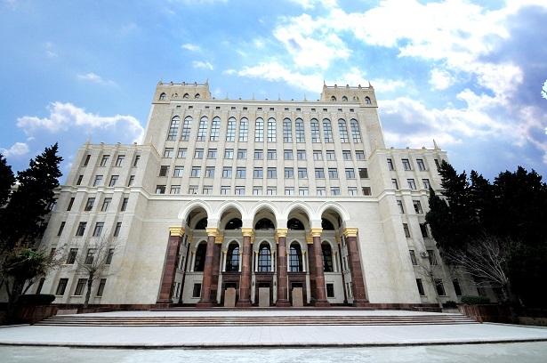 AMEA magistrantlarının dissertasiya işlərinin müdafiəsi yekunlaşıb