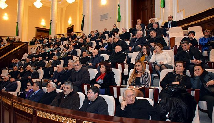 2018/2019-cu tədris ili üçün AMEA-nın magistraturasına bakalavrların seçilməsi üçün müsahibə keçirilib