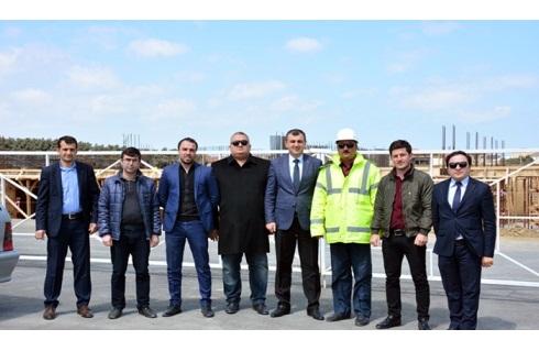 Gənc alimlər AMEA əməkdaşları üçün tikilən yaşayış kompleksinin inşaat işləri ilə tanış olublar