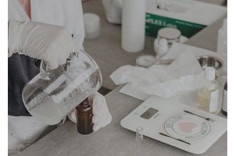 Uzun müddət yararlı, bioloji cəhətdən parçalana bilən bir plastik yaradıldı